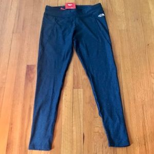 NWT The North Face Navy Leggings Size Large